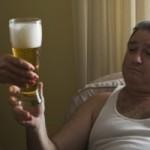 Projeto de lei quer proibir passageiro bêbado no assento do carona