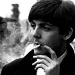 Paul McCartney diz que parou de fumar maconha e que já experimentou cocaína e heroína
