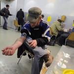 Criação de espaço para consumo de drogas gera polêmica na França
