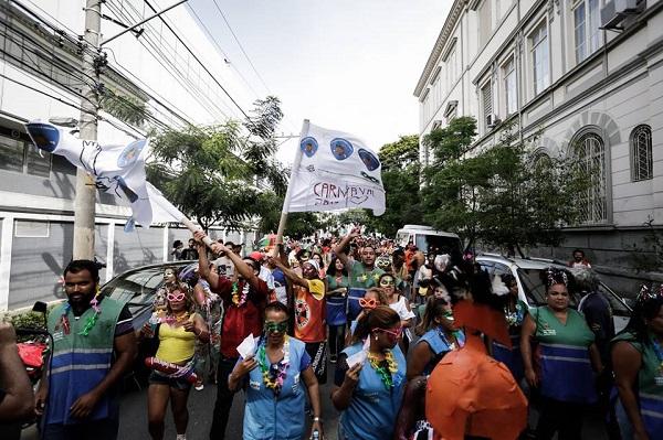 Blocolândia, o bloco de carnaval da cracolândia. Créditos: facebook da Craco Resiste